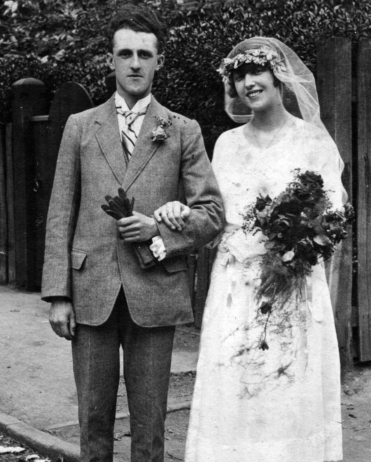 Tomas Wallbank & Ruth Ashley wedding 1922